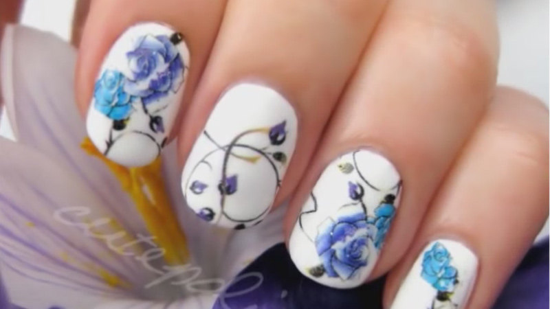 《懶人版指甲彩繪》這麼複雜的花朵保證連手殘星人都能輕鬆完成!