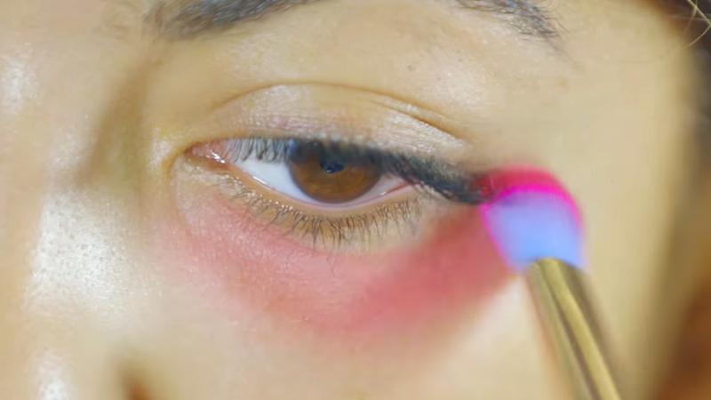 化妝品櫃姐不能說的蓋黑眼秘密就是「唇膏」!這60秒將徹底改變你「熊貓眼」的黑白人生!