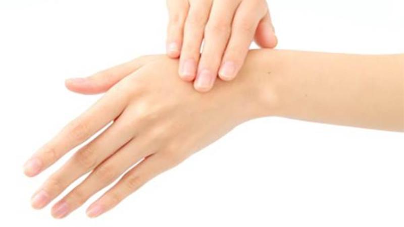 護手霜的正確使用方式!錯誤擦法根本就不會吸收,尤其是從手背開始擦的人要注意了
