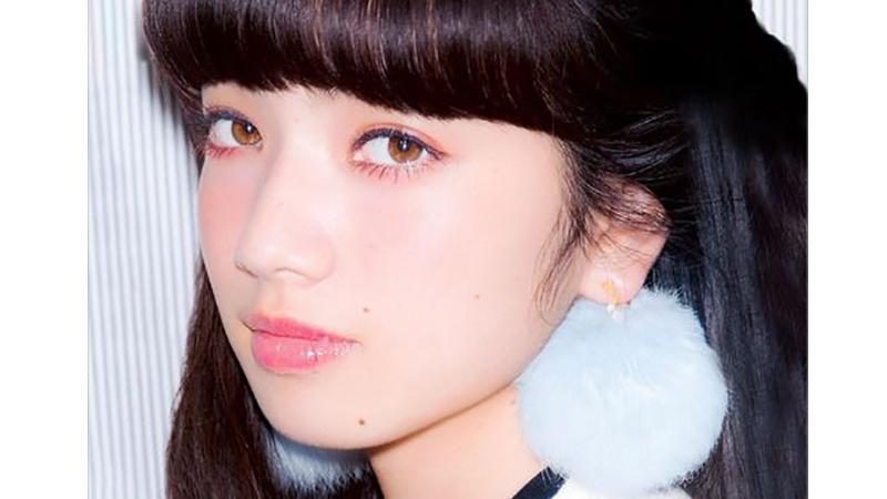 迷濛的眼神令人心生憐愛 跟著小松菜奈這樣畫就對了!