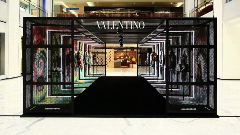 Valentino Tie & Dye紮染系列限定展覽北京SKP登場