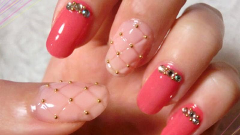 香奈兒的菱格紋!超時尚的指甲彩繪也能DIY
