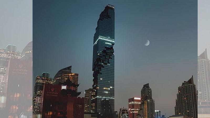 ♪泰國最高的大樓剛剛開幕怎麼看都覺得「好像壞掉了」,但一到晚上開燈時…OMG!