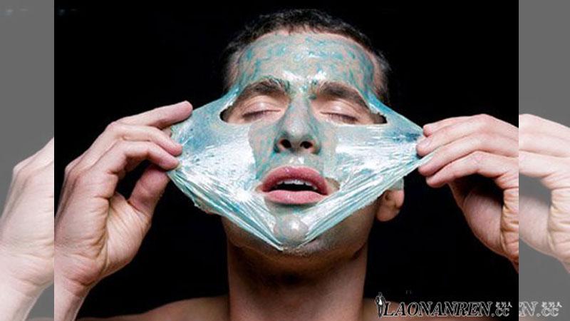 男人使用面膜注意事項不可放浴室