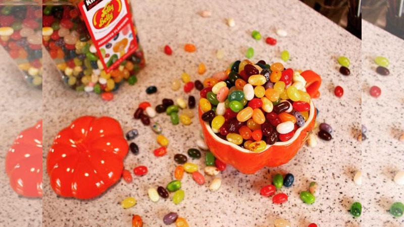 等等,這顆雷根糖不能吃喔!雷根糖變身彩妝品怎麼這麼可愛~