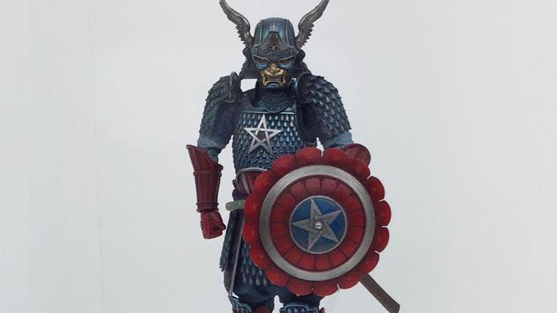 我們穿越到了日本江戶時代,發現美國隊長也轉職當武士