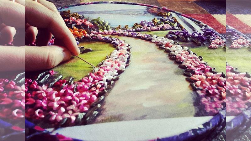 ♪手藝精湛的《刺繡藝術》,她繡制出一幅幅繽紛多彩的畫作!